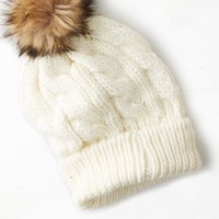 AEO Women's Pom-pom Cable Beanie (Cream)
