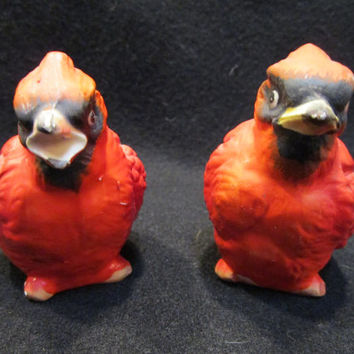 Lefton Cardinal Salt and Pepper Shakers, Made in Japan (1161)