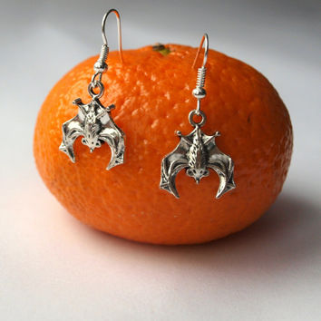 Silver bat earrings Flittermouse jewelry Rattle mouse charm earrings Halloween dangle cute earrings Gift for friend under 10