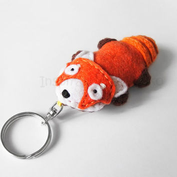 Red Panda Keychain Plush, Firefox Felt Keyring, Cute Animal Figurine Accessory for Bags, Woodland Summer Gift for Animal Lovers