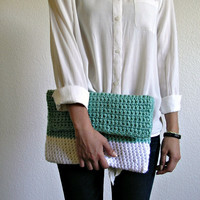 The Colmar Clutch Turquoise & White size Medium by deroucheau