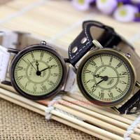 Fashion men's watch, the Roman disc bracelet, leather watch, more suitable for young people