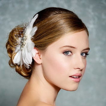 Ivory Bridal Hair accessory, Feather Fascinator, ivory bridal headpiece, wedding headpiece, Old Hollywood - Made to Order - GLENDA