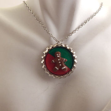 Gingerbread man men Bottle cap necklace polymer clay Christmas jewelry xmas holiday jewelry bottlecap festive jewellry cute red and green