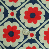 Vintage Fabric MOD 1960s Fun DAISY Floral Fabric