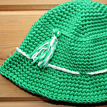 St Patricks Day baby boy crochet hat, handmade sun hat, cotton bucket hat, emerald green, 0 -6m, etsy, baby clothes, accessories, unique,