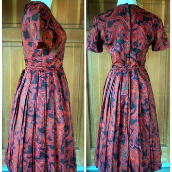 Vintage 60s Day Dress Paisley Pleated Skirt Rich Warm Fall Colors Tie Belt 1960s Daydress 36 bust