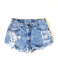 Original Wash 2, Ripped, High Waisted Levis Shorts