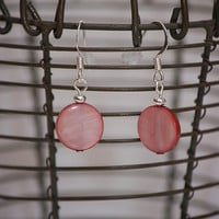 Handmade Light Pink Mother of Pearl Flat Round Drop Dangle Earring
