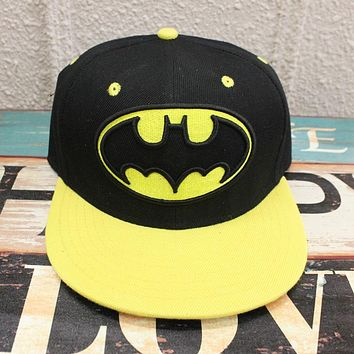 Hot Movie Batman Cosplay Cap Black yellow Novelty cartoon Batman Begins ladies dress mans Hat charms Costume Props Baseball cap