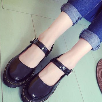 Gothic Lolita Muffins Shoes Vintage Platform Creepers Buckle Strap Mary Jane Shoes Round Toe Martin Loafers Casual Flat
