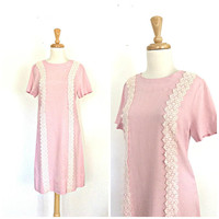 Vintage Shift Dress - pink dress - 60s dress - sheath - linen dress -  knee length - lace - S M