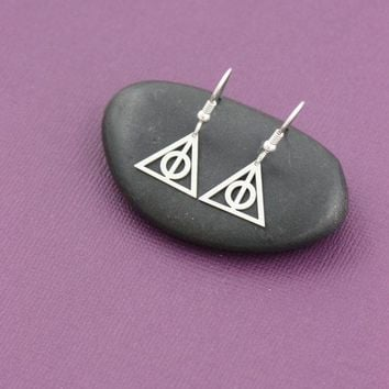 Hot Selling Deathly Hallows Earrings Dangle Charm Silver Hogwarts Earrings Harry Potter Mothers Day Gift for women wedding gifts