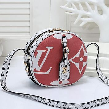Louis Vuitton LV Women Fashion Leather Round Crossbody Shoulder Bag Satchel
