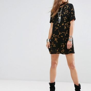 Glamorous Tea Dress In Grunge Floral at asos.com