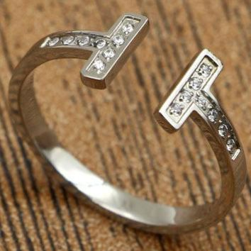 Tiffany rose gold ring titanium jewelry accessories do not fade T-shaped diamond openings are code ring Silver