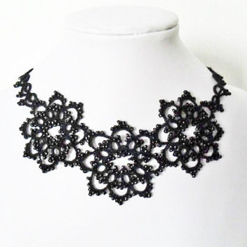 Handmade tatted necklace in black, tatted black necklace