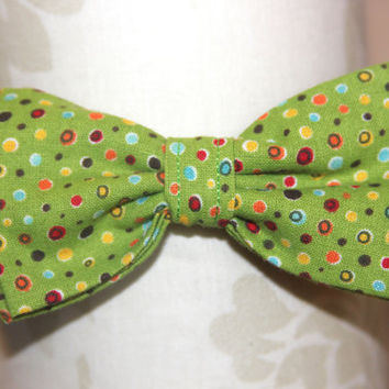 Green Multi Dots Adjustable Bowtie (Baby /  Infant / Toddler Boy)