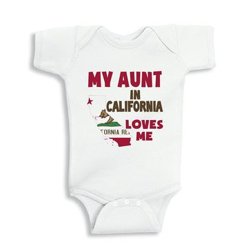 NanyCrafts Baby's My Aunt in CALIFORNIA Loves me baby Bodysuit