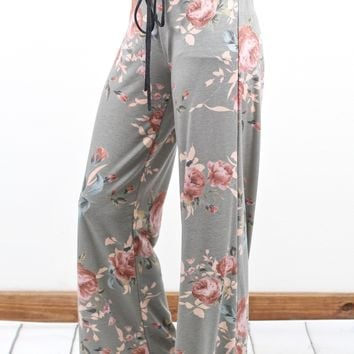 Soft + Comfy Floral Print Lounge Pants {Grey}