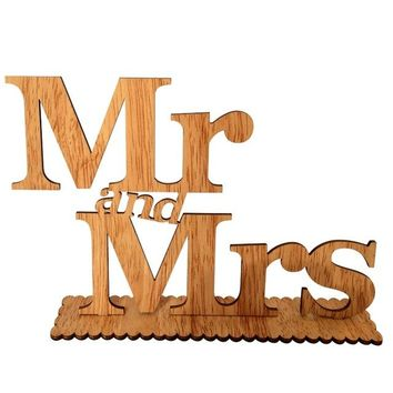 Wood Grain Wooden Letters Mr & Mrs Wedding Sign Decoration