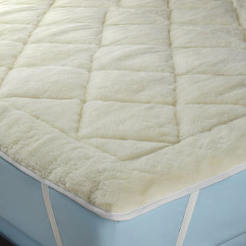The All Season Reversible Cotton/Wool Mattress Pad - Hammacher Schlemmer