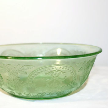 Indiana Green Depression Glass Horseshoe Bowl, 612 Serving Dish
