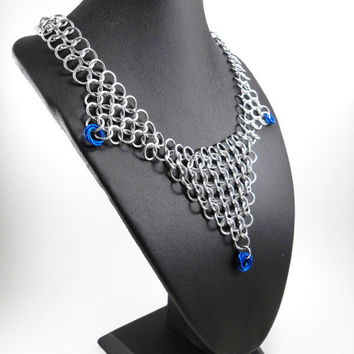 Chainmaille Necklace Blue Mobius Drops Bib Necklace