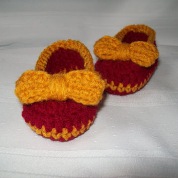Crochet Baby Booties // Crochet Crimson and Gold Baby Ballet Slippers // 6 to 9 months