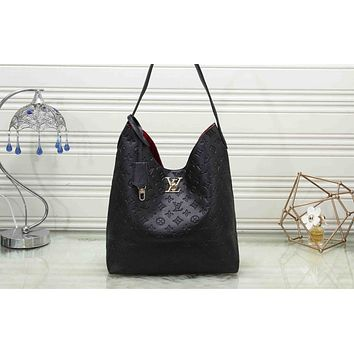 """Louis Vuitton""All-match Empaistic Quilted Simple Large Capacity Women Handbag Single Shoulder Messenger Bag"