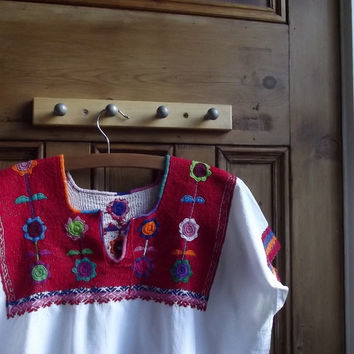 Peasant blouse / white shirt / embroidered top / womens clothing / vintage fashion / boho / Dolly Topsy Etsy UK