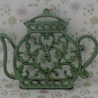 Teapot Cast Iron Trivet Hot Plate Pistachio Mint Green Shabby Elegance Heart Center Bistro Cafe Kitchen Rustic Country Chic Coffee Bar Decor