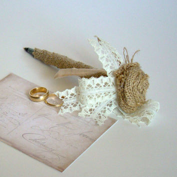 Burlap & Lace Guest Book Pen, Rustic Wedding, Burlap Wedding, Guest Book, Guest Pen, Natural Burlap, Country Barn Wedding, Farm Wedding