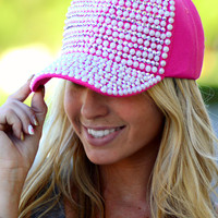 THE IT GIRL HAT IN HOT PINK