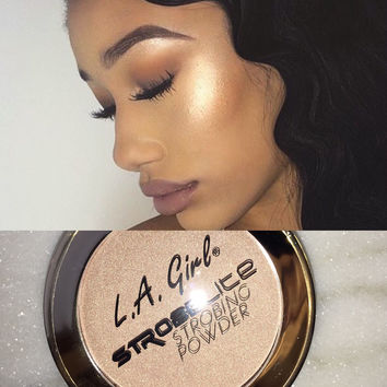 StrobeLite Strobing Highlight Powder L.A. Girl