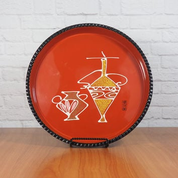 Retro Mod Round Serving Tray / Red and Black Lacquerware with Scalloped Edges / Hand Painted Japan / Midcentury Barware