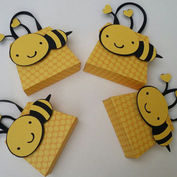 Bumblebee Miniature Paper Purses Party Favor for Baby Shower, Wedding, Birthday, Bridal Shower