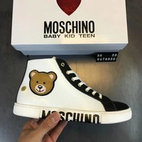 '' MOSCHINO '' Fashionable leisure women shoes