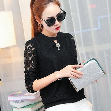 Female long-sleeved lace shirt 2016 new openwork Slim lace tops women clothing casual lady diamonds beading lace blouse