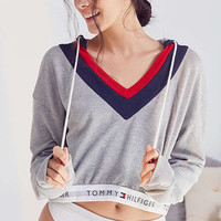 Tommy Hilfiger X UO Hoodie Sweatshirt | Urban Outfitters