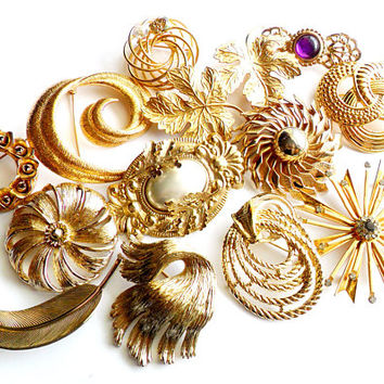 Vintage Gold Tone Brooch Lot Instant Collection Bouquet Supplies Bridal Wedding Resale Wear Signed Vargas Monet Rebecca Rhinestone Leaf