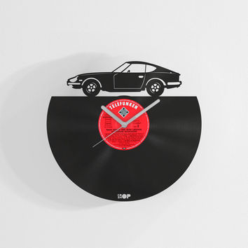 Datsun 240z inspired handmade wall clock from upcycled vinyl record (LP), Home decor gift for Datsun Nissan Fairlady Z fan, garage wall art
