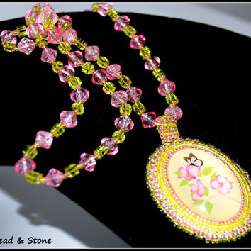 NO SHIPPING COST!! Bead embroidery necklace - bead jewelry - pink, green - beaded necklace - handmade necklace - statement necklace