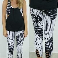 First Place Abstract Print Crisscross Back Legging