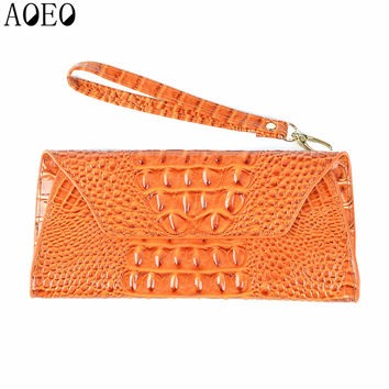 AOEO Women Bag Card Holder Money Phone Pocket Woman Purse Female Crocodile Day clutches Wallet Velcro Magic Leisure Leather Bags