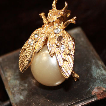 60s vintage fly brooch gold tone faux pearl clear stone pin pendant atnique unique bug wings ant bee