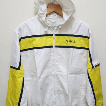 15% OFF Vintage NIKE Hooded Jacket Windbreaker White + Yellow Size L