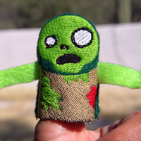 Zombie Thumb Wars puppet