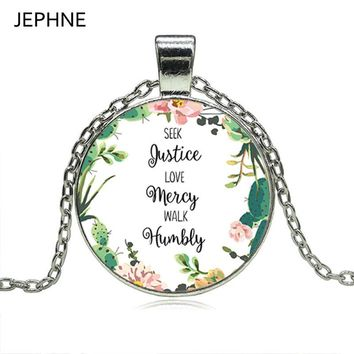 JEPHNE Seek Justice, Love Mercy, Walk Humbly Quote Pendant Necklace Bible Verse Jewelry Faith Inspirational Gifts for Women Men