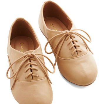 ModCloth Menswear Inspired, Vintage Inspired, 50s, Scholastic Everyday Adorable Flat in Sand